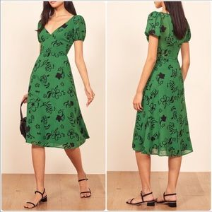 Reformation | Kacey Dress Carrie Floral Midi Green